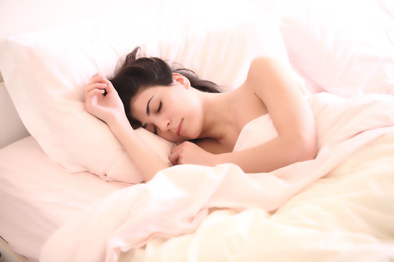 朝活は何時に起きる?職業別パターンと早起きのコツとメリットとは!?