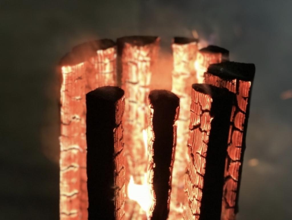 焚き火の薪組みの種類は、どんな物があるの?