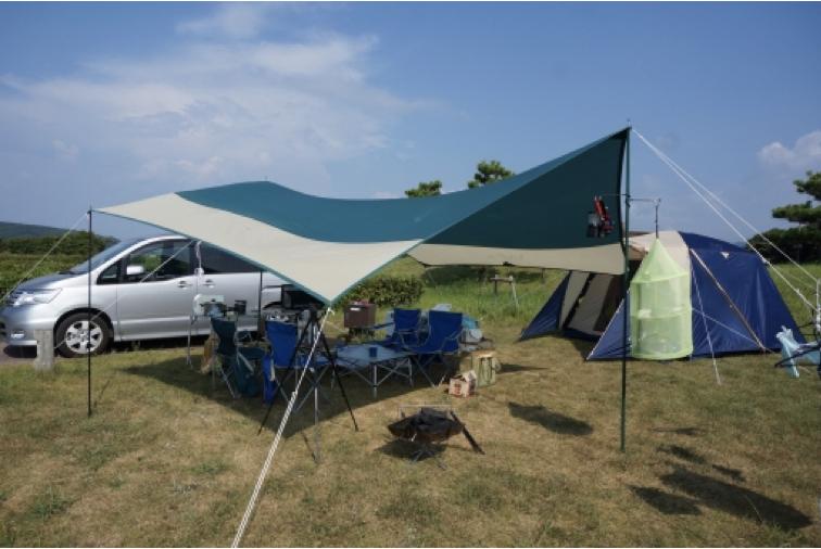 タープと風速どの程度が危険なのか?キャンプでテントを張る時の風のポイントとは?