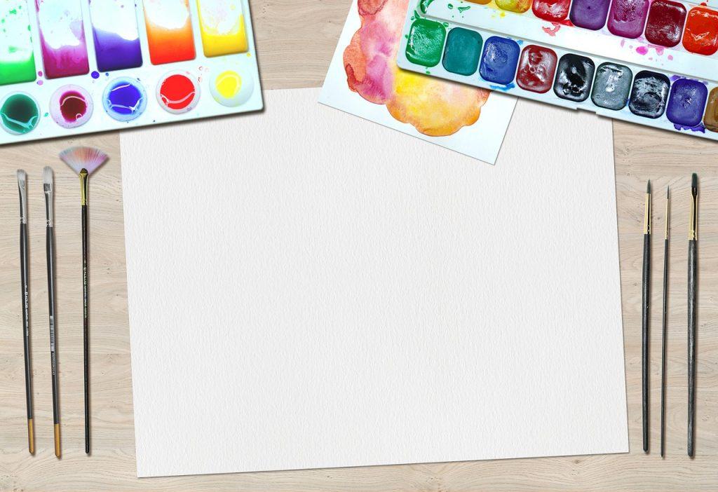 画用紙と模造紙の違いとは?模造紙とはどういった紙なのか?
