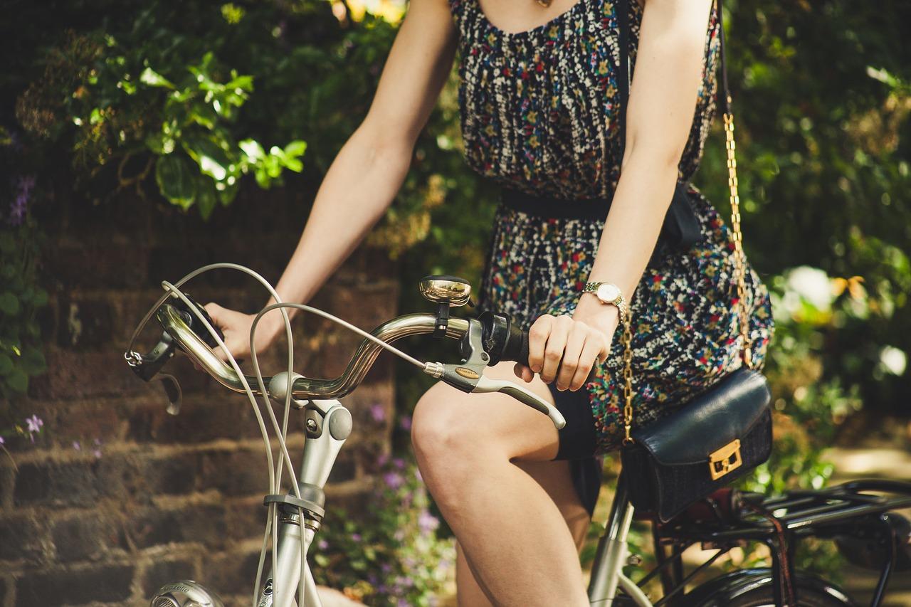 ママチャリはお金の節約になる?ロードバイクや電動自転車と比べるとどうなのか?
