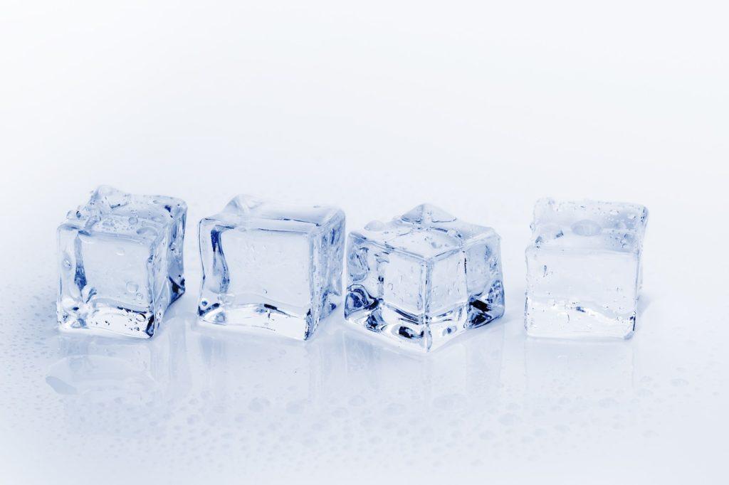 氷の保存期間は?正しい保存方法はあるの?