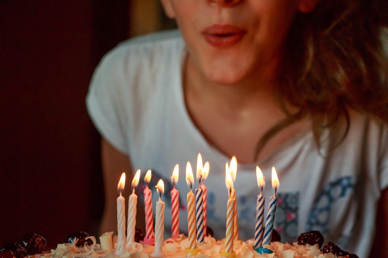 誕生日のスイーツといえば?ケーキでお祝いする理由とは?