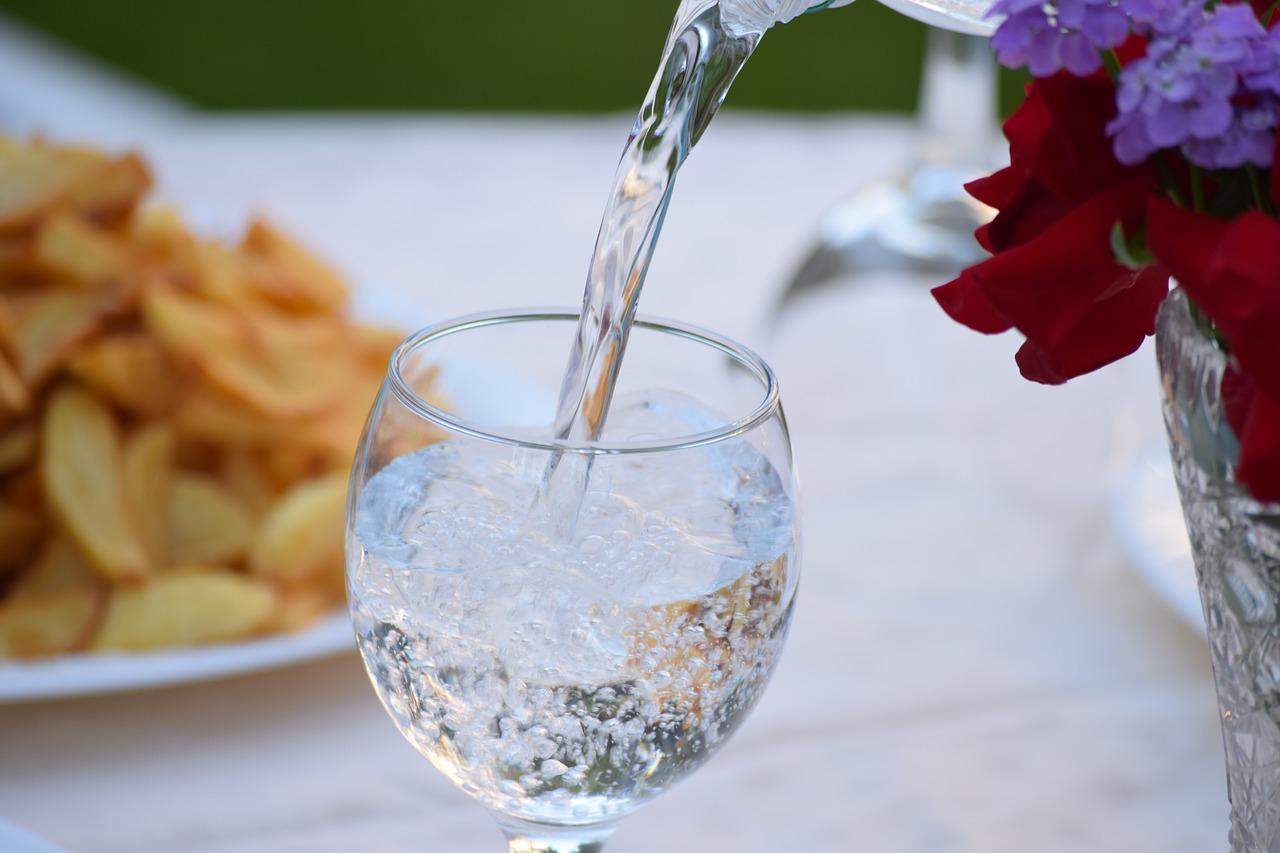 水素水はアルミボトルで効果あり?ペッドボトルやステンレスでは効果はないのか?
